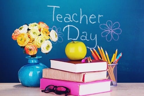 Contoh Opini dalam Bahasa Inggris tentang Teachers Day Lengkap Beserta Arti