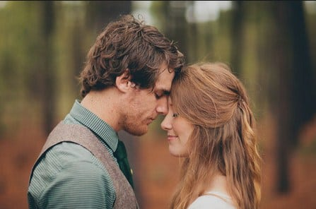 Lirik-Lagu-Paling-Romantis-dalam-Bahasa-Inggris-Beserta-Artinya