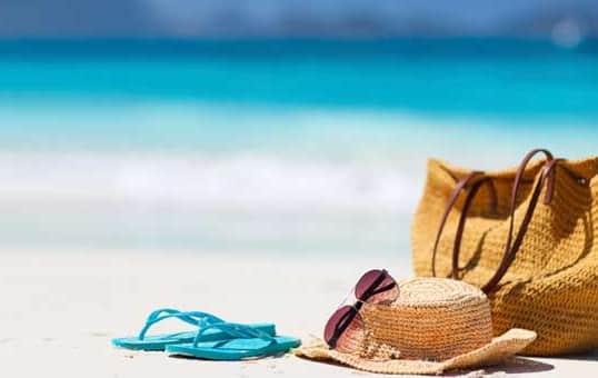 Perbedaan Vacation dan Holiday Lengkap Beserta Contoh Kalimatnya dalam Bahasa Inggris