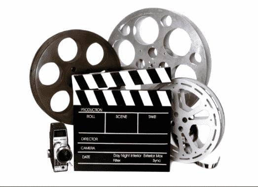 Menonton Film Berbahasa Inggris
