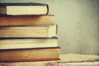 Dua Penggunaan Kata 'Book' Dalam Bahasa Inggris Beserta Contoh Kalimatnya Lengkap