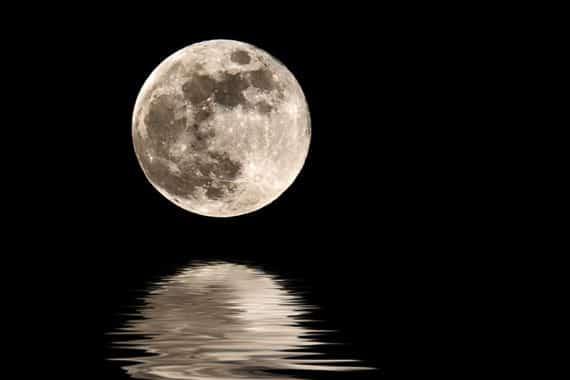 'Ask For The Moon': Pengertiannya Dalam Bahasa Indonesia Lengkap Dengan Contoh Kalimat