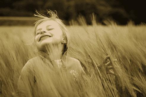 Joy VS Happiness: Perbedaan Dan Pengertiannya Dalam Bahasa Inggris