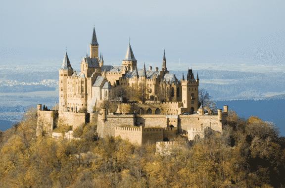 Castle VS Palace: Perbedaan Dan Pengertiannya Dalam Bahasa Inggris