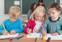 Perbedaan-Kata-Student-Dan-Pupil-Beserta-Contohnya