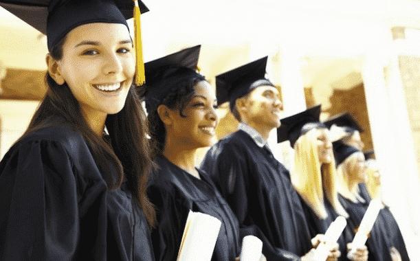 Alumnus VS Alumni: Pengertian Dan Perbedaannya Dalam Bahasa Inggris